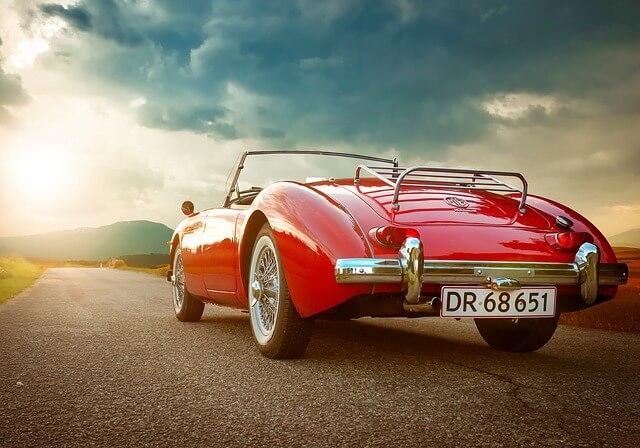 Rotes Cabriolet