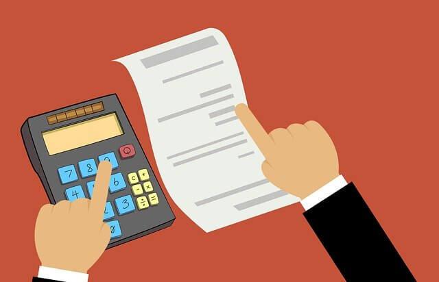 Bei einem Kredit -egal ob mit ohne SCHUFA- musst du die Bank überzeugen, dass deine Ausgaben kleiner sind als deine Einnahmen. Denn, die Bank möchte wissen, dass du dir den Kredit leisten kannst.