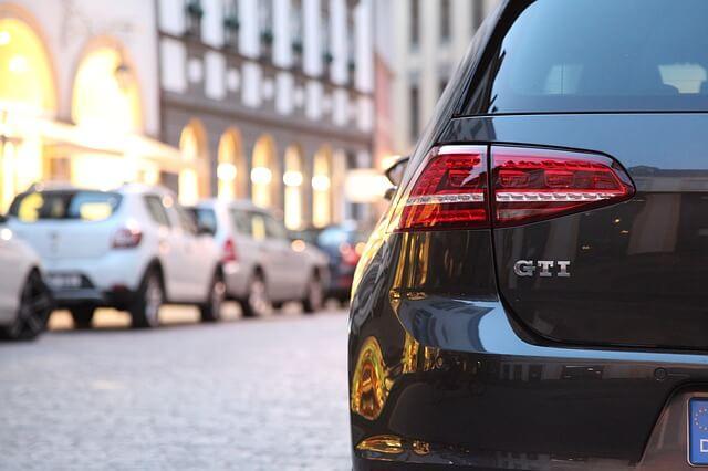 Autokredit umschulden. ZB für Leute mit einem Golf