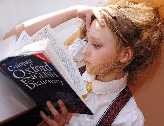 Ein Kredit für Studenten mit einmaliger Auszahlung ist auch für das Studium von Fremdsprachen eine Hilfe.